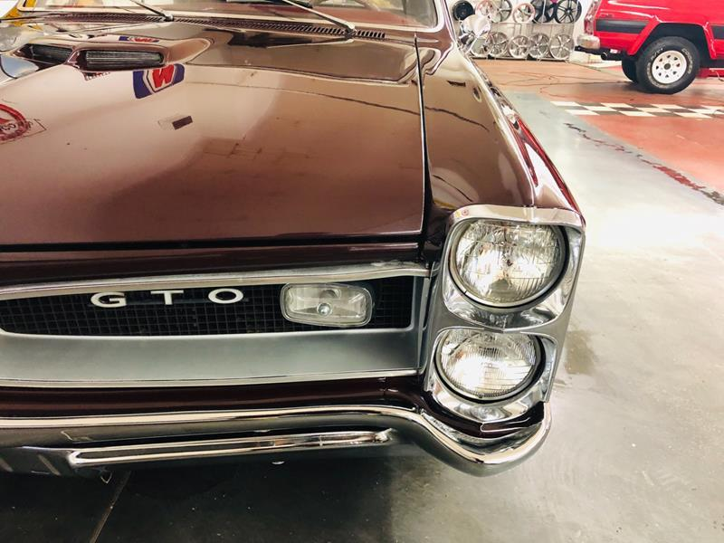 1966 Pontiac GTO 25