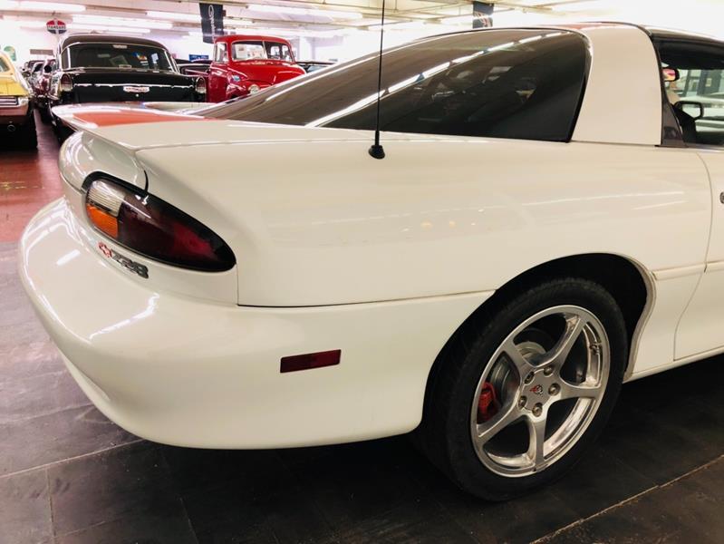 1997 Chevrolet Camaro 12