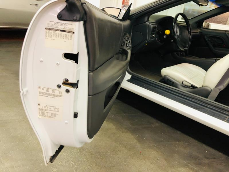 1997 Chevrolet Camaro 30