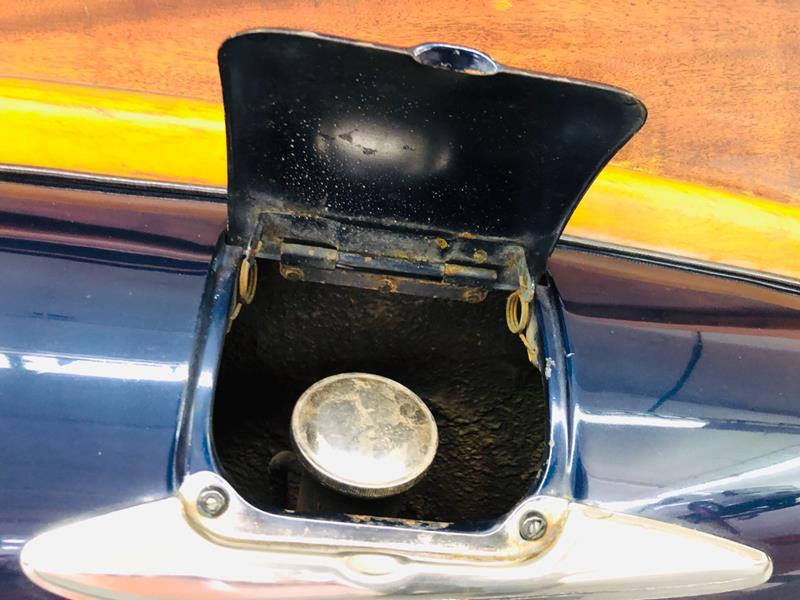 1947 Buick Roadmaster 25