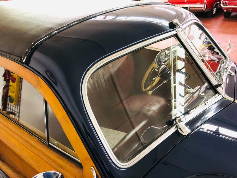 1947 Buick Roadmaster 16