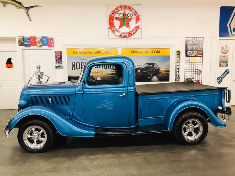 1937 Ford F-100 4