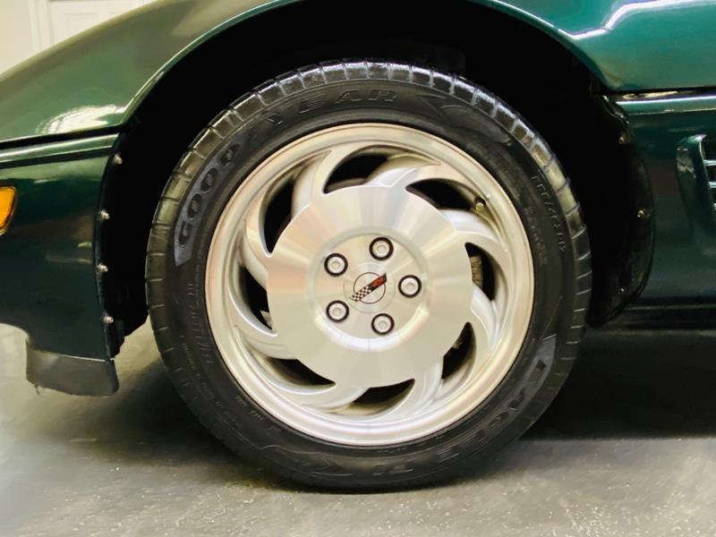 1995 Chevrolet Corvette 28