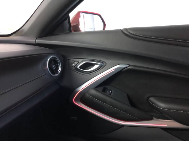 2016 Chevrolet Camaro 14