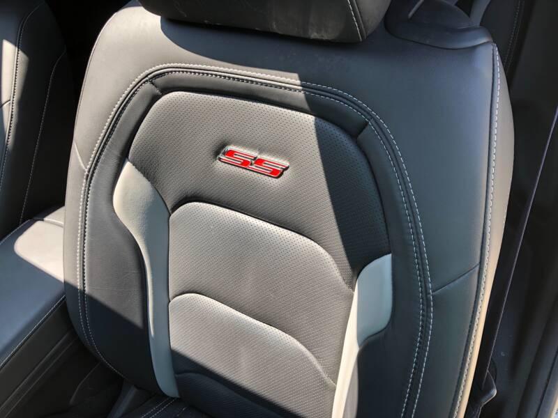2016 Chevrolet Camaro 10