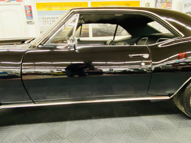 1967 Chevrolet Camaro 21
