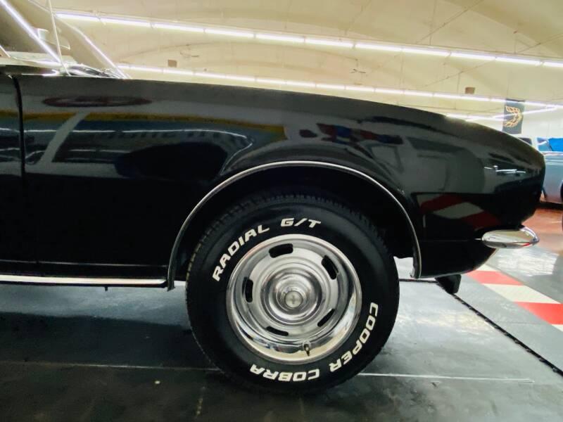 1967 Chevrolet Camaro 25
