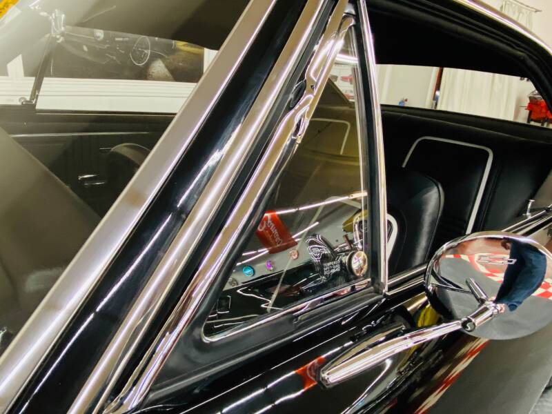 1967 Chevrolet Camaro 30