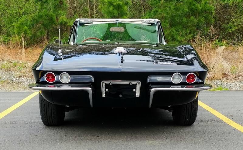 1965 Chevrolet Corvette 14