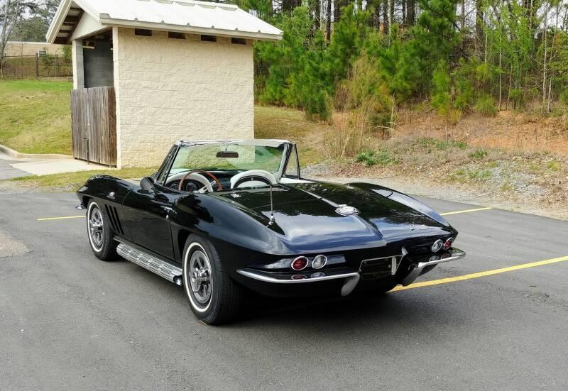 1965 Chevrolet Corvette 9