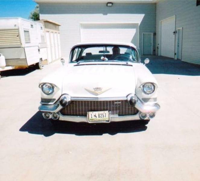 1957 Cadillac DeVille 10