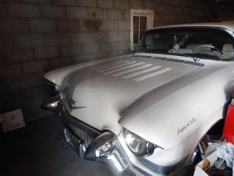 1957 Cadillac DeVille 8