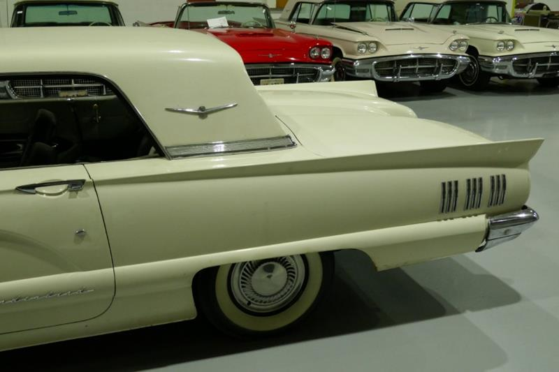 1960 Ford Thunderbird 5