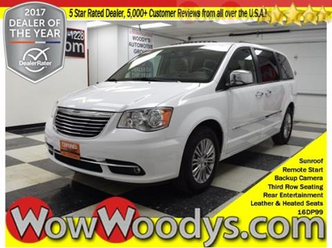 2016 Chrysler Town and Country for sale in Chillicothe, MO