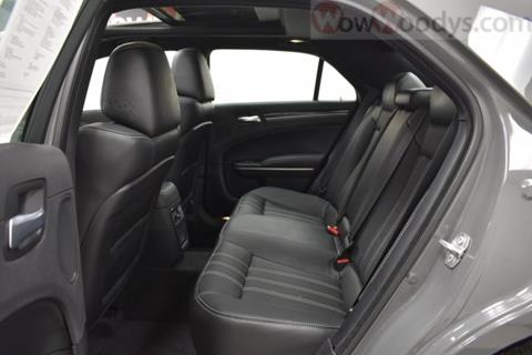 2017 Chrysler 300