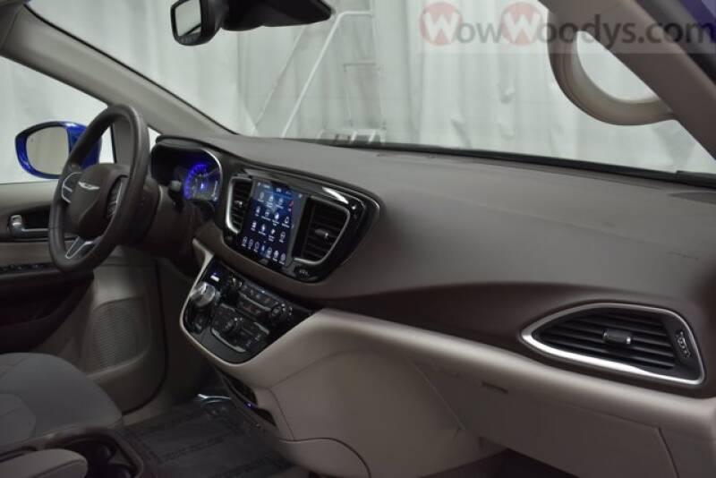 2019 Chrysler Pacifica Touring Plus 4dr Mini-Van - Chillicothe MO