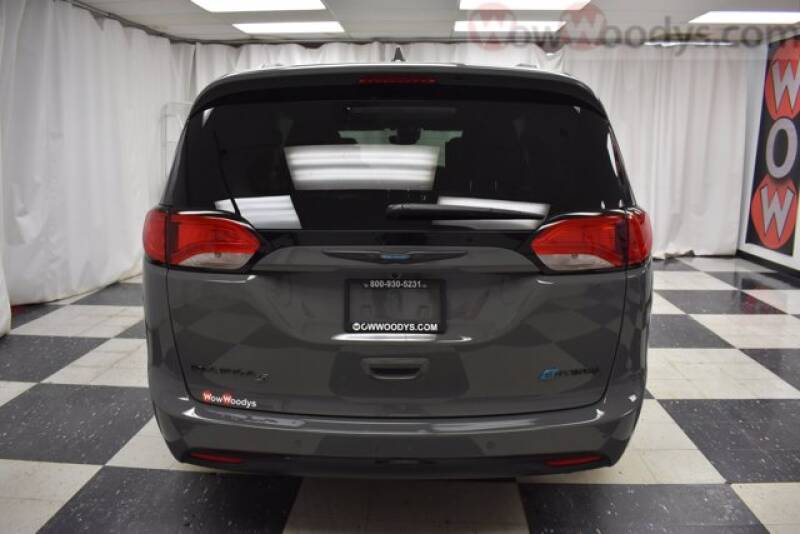2020 Chrysler Pacifica Hybrid Hybrid Limited - Chillicothe MO