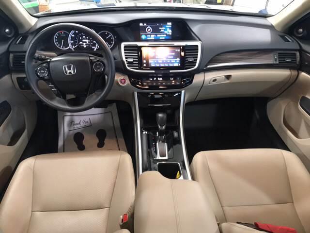 2016 Honda Accord EX-L V6 4dr Sedan - Eldridge IA