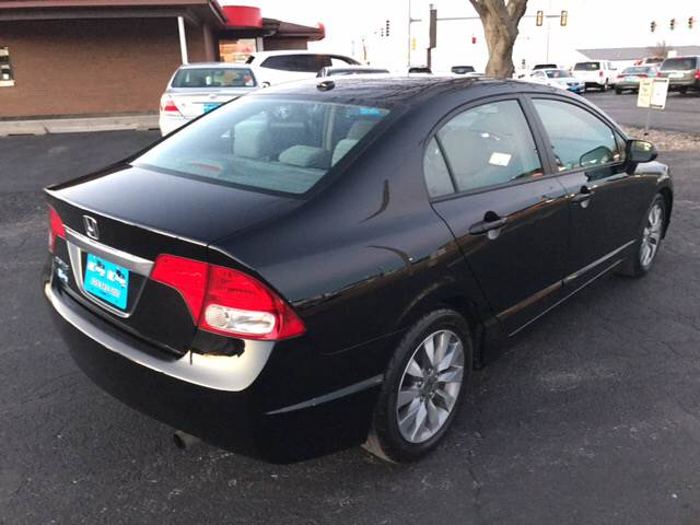 2009 Honda Civic EX 4dr Sedan 5A w/Navi - Eldridge IA