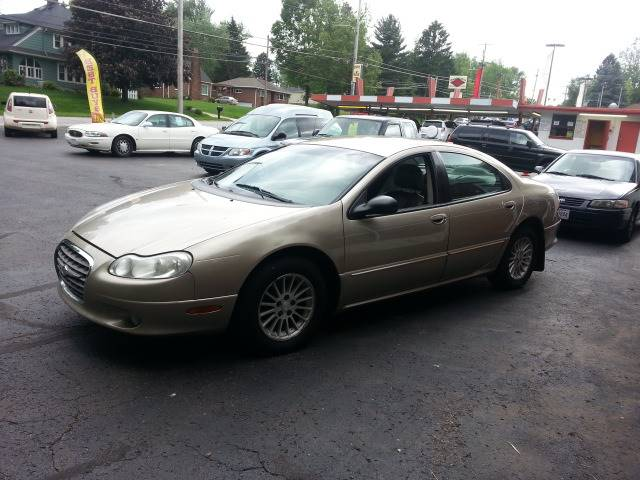 2004 Chrysler Concorde for sale at Modern Day Motor Cars LLC in Wadsworth OH