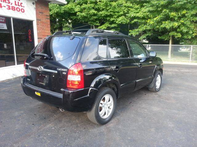 2007 Hyundai Tucson for sale at Modern Day Motor Cars LLC in Wadsworth OH