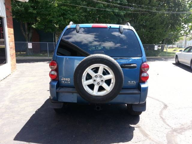 2005 Jeep Liberty for sale at Modern Day Motor Cars LLC in Wadsworth OH
