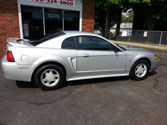 1999 Ford Mustang for sale at Modern Day Motor Cars LLC in Wadsworth OH