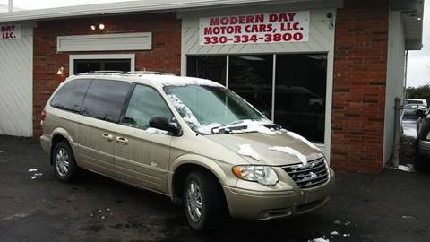 2007 Chrysler Town and Country for sale in Wadsworth, OH