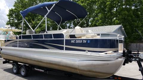 2011 BENNINGTON 2275 SFI // LOADED // MINT // 60 YAMAHA 4-STROKE
