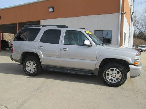 2004 Chevrolet Tahoe for sale at Parkway Motors in Osage Beach MO