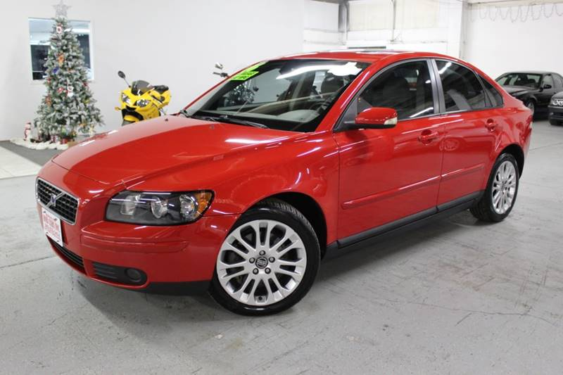2006 Volvo S40 for sale at R n B Cars Inc. in Denver CO