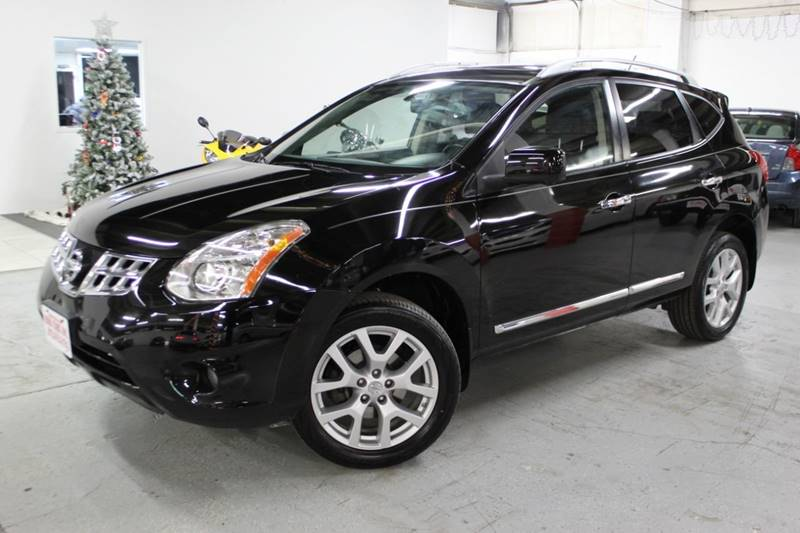 2013 Nissan Rogue for sale at R n B Cars Inc. in Denver CO