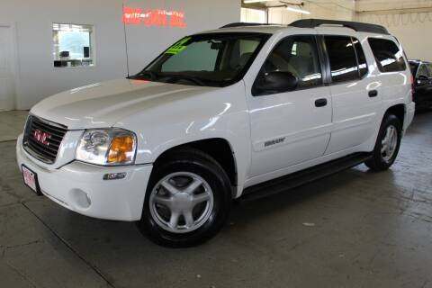2004 GMC Envoy XL for sale at R n B Cars Inc. in Denver CO