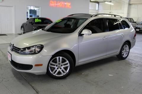 2011 Volkswagen Jetta for sale at R n B Cars Inc. in Denver CO