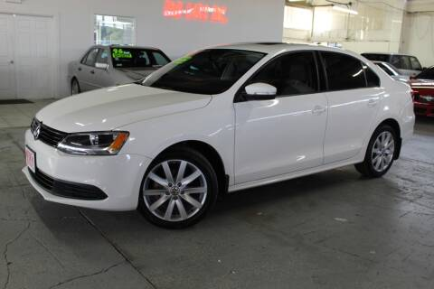 2012 Volkswagen Jetta for sale at R n B Cars Inc. in Denver CO