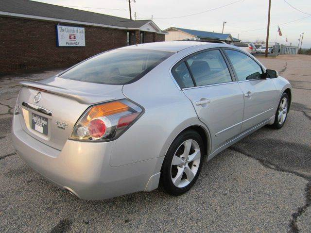 2007 Nissan Altima Mpg >> 2007 Nissan Altima 3.5 SE 4dr Sedan (3.5L V6 6M) In Pelzer SC - LEGEND AUTO BROKERS