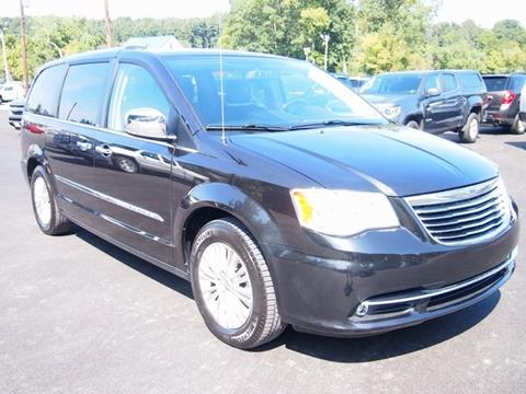 2012 Chrysler Town and Country for sale in Thompsontown, PA