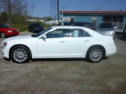 2014 Chrysler 300 for sale at E & H Auto Sales in South Haven MI