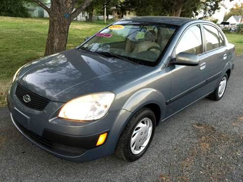 2006 Kia Rio for sale at Cleveland Avenue Autoworks in Columbus OH