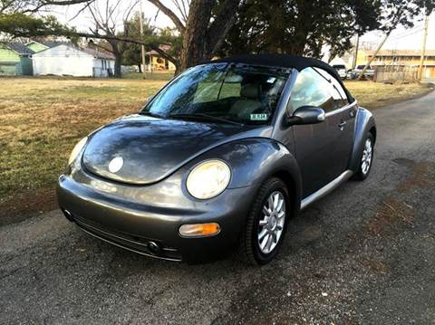 2004 Volkswagen New Beetle for sale at Cleveland Avenue Autoworks in Columbus OH