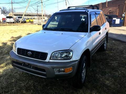 1998 Toyota RAV4 for sale at Cleveland Avenue Autoworks in Columbus OH