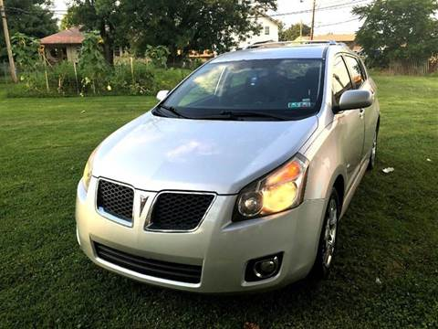 2009 Pontiac Vibe for sale at Cleveland Avenue Autoworks in Columbus OH