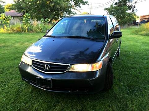 2004 Honda Odyssey for sale at Cleveland Avenue Autoworks in Columbus OH