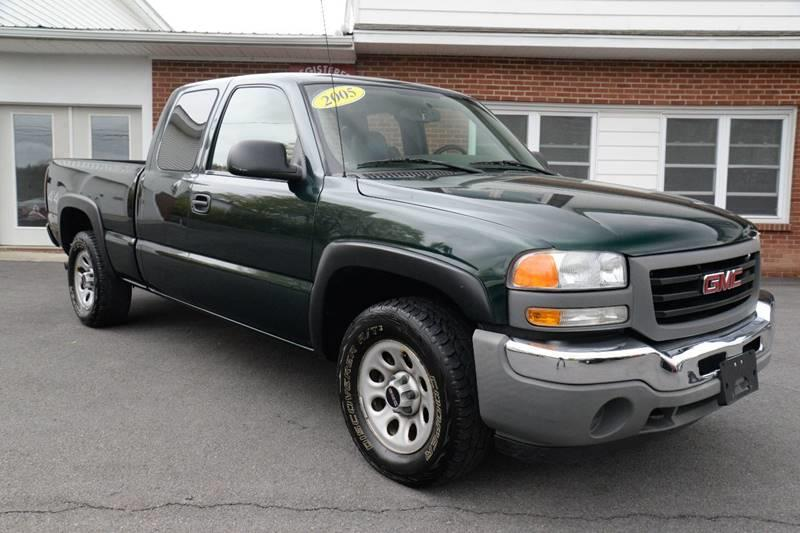 2005 GMC Sierra 1500 4dr Extended Cab 4WD SB - Germantown NY