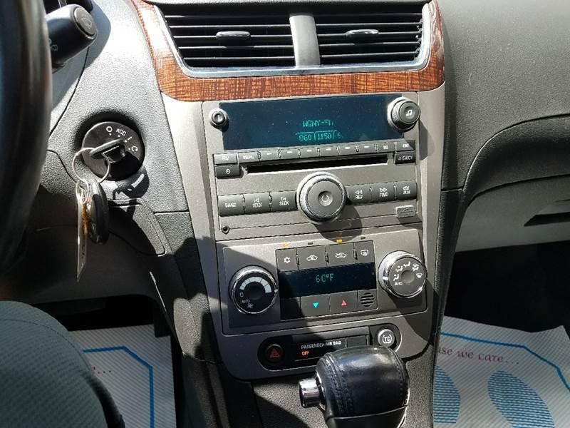 2009 Chevrolet Malibu LTZ 4dr Sedan - Germantown NY