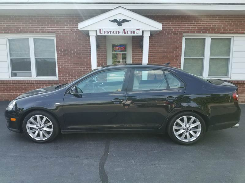 2010 Volkswagen Jetta for sale at UPSTATE AUTO INC in Germantown NY