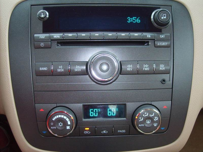 2011 Buick Lucerne CXL 4dr Sedan - Manitowoc WI