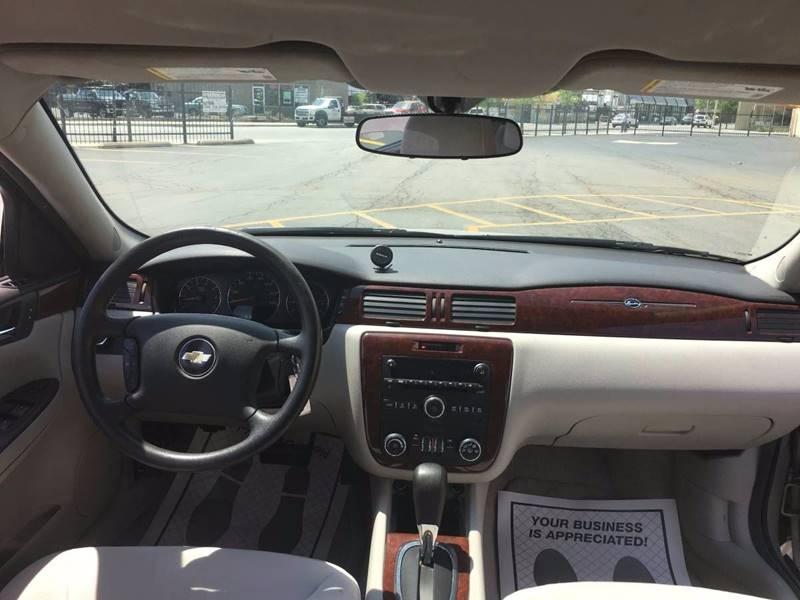 2008 Chevrolet Impala LT 4dr Sedan w/ roof rail curtain delete - Chicago IL