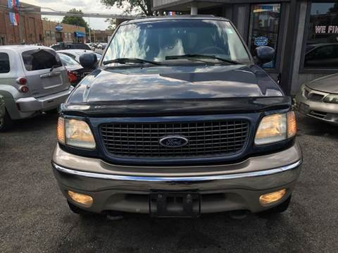2001 Ford Expedition for sale at MAX ALLEN AUTO SALES in Chicago IL