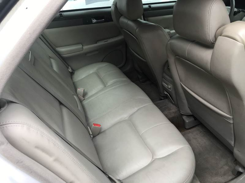 2004 Cadillac Seville SLS 4dr Sedan - Chicago IL